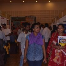 Goa-Educare-Show-student-visiting